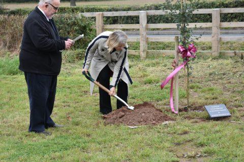 Tree planting Harriet Baldwin M.P.